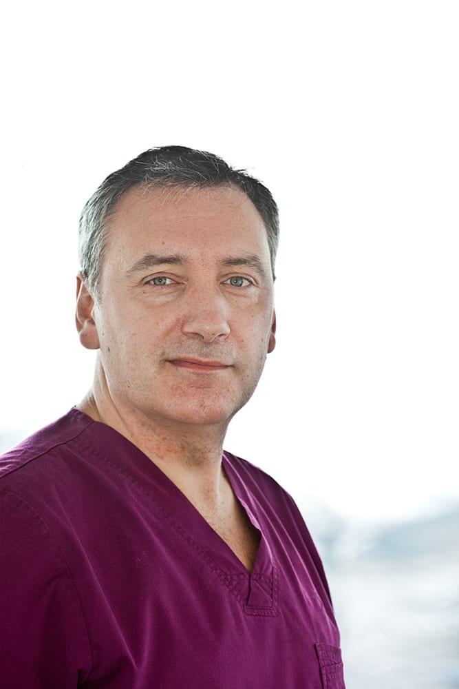 Dr. Ralph Röser